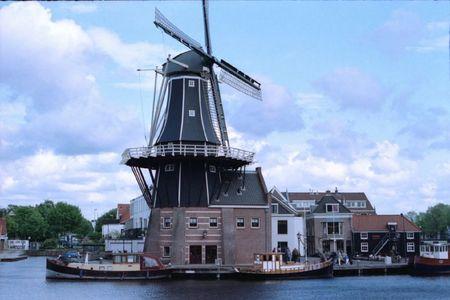 1105-1009_AGNES_Zell_Paris_Haarlem_160VC-30