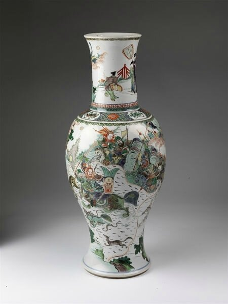 Vase, porcelain painted with overglaze enamels in the famille verte palette and gilded, China, Qing dynasty, Kangxi period (1662-1722)