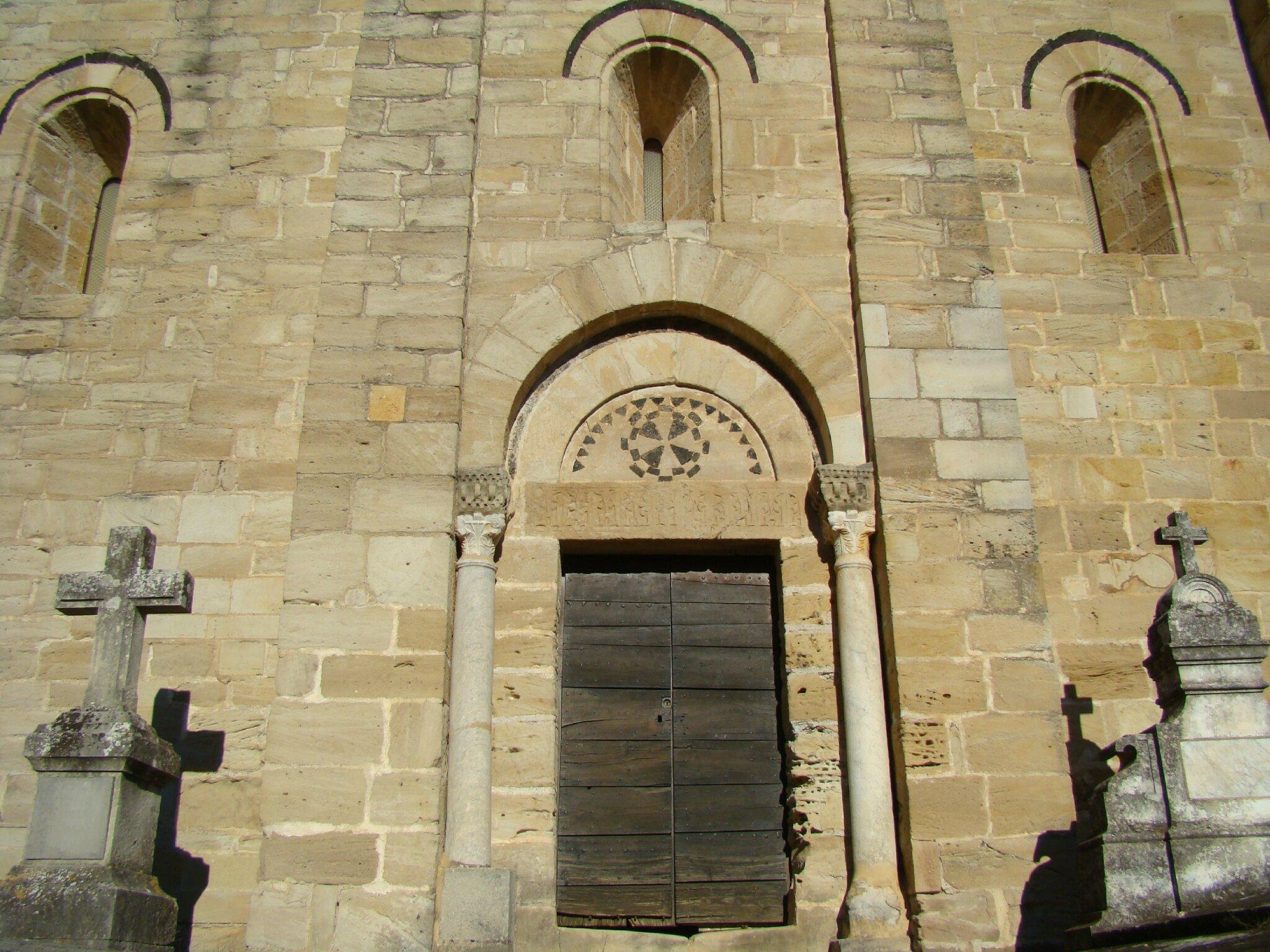 Linteau En Arc De Cercle l'église romane de st pierre de rhédes à lamalou les bains
