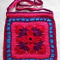 Sac au crochet fuschia 2