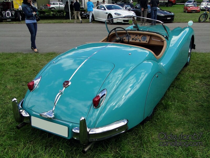 jaguar-xk140-roadster-1954-1957-02