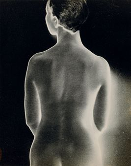man_ray_nude_with_shadow_1927_d5355095h