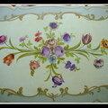 Table basse au bouquet victorien