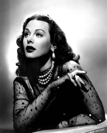 Hedy_Lamarr_classic_movies_6996216_1351_1674