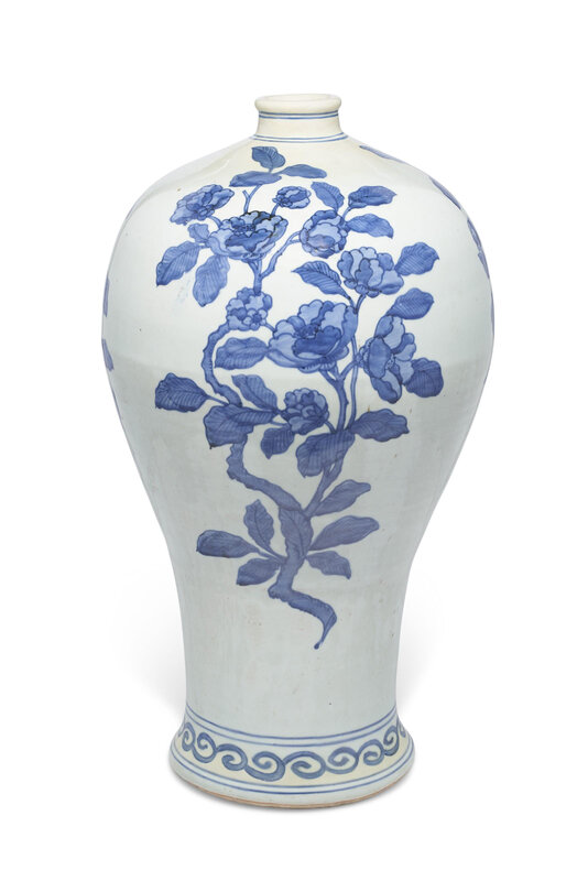 A large blue and white vase, meiping, Late Ming dynasty, 17th century