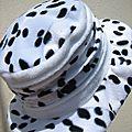 Chapeau dalmatien et polaire blanche