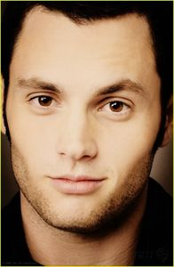 Penn_penn_badgley_2968910_799_1222