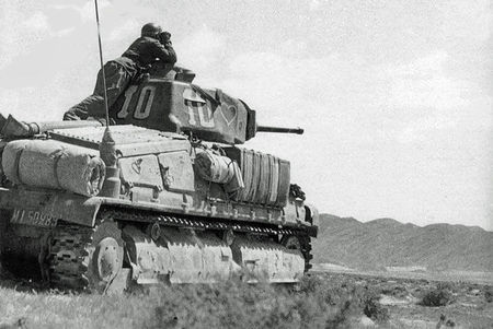 Somua_12_RCA_Tunisie_d_but_1943