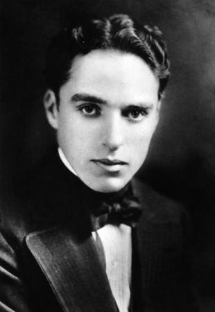 Charlie_Chaplin_Photos__33_