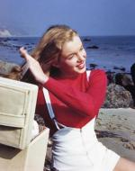 1946-08-CA-Castle_Rock_State_Park-sweater_red-by_william_carroll-030-1
