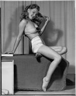 1948-by_earl_moran-knickers_white-4-2