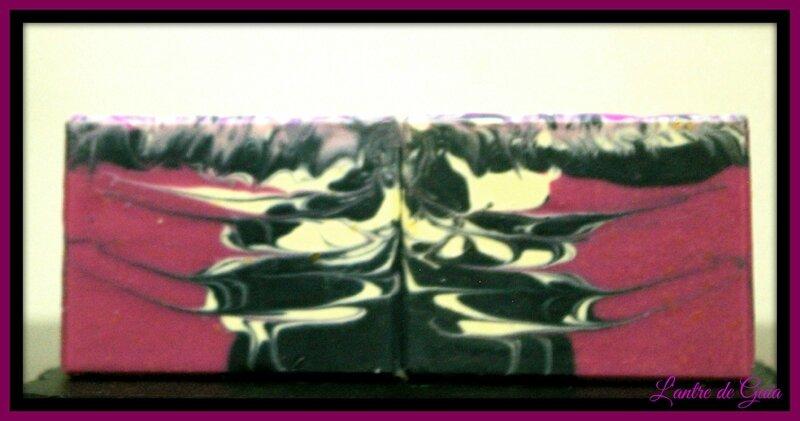 Savon rorschach (saponification à froid) Marbrage au cintre