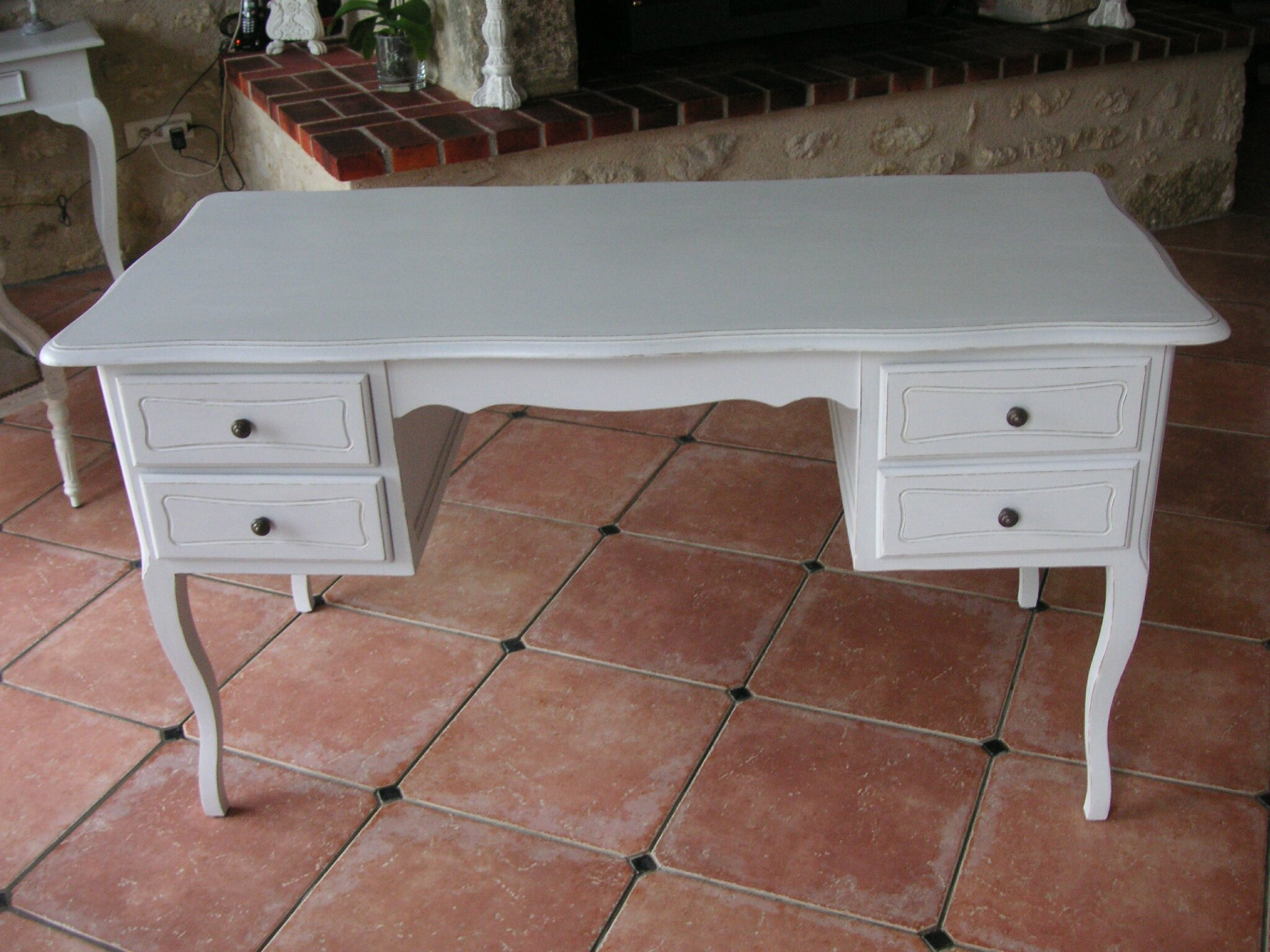 bureau ministre louis xv finition shabby chic la vie de chateau. Black Bedroom Furniture Sets. Home Design Ideas