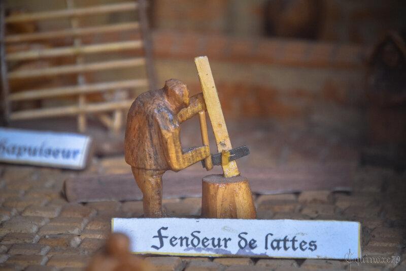 fendeur de lattes construction bourg Foussais Payré