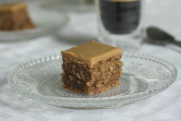 cake noix de pécan et cafe blog chez requia cuisine et confidences