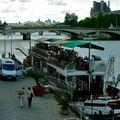 Atmosphère sur les quais de Seine.