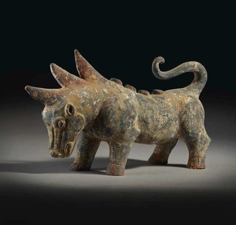 A painted gray pottery figure of a mythical beast, Handynasty (206 BC - 220 AD)