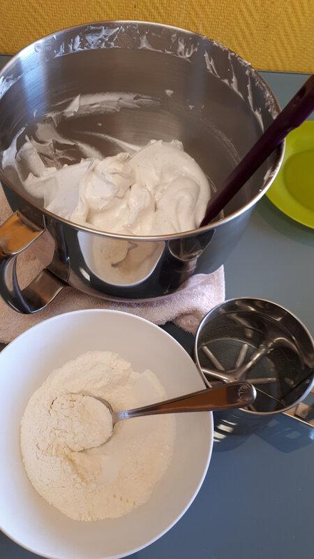 Gâteau Neige aux blancs d'oeufs 008