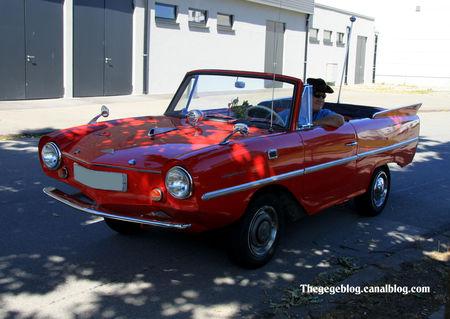 Amphicar_convertible__1961_1968__3_878_ex__RegioMotoClassica_2011__01