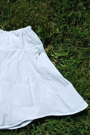 gilet papillon blanc et jupe insa blanche 011