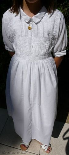 2009 06 Robe de communiante de Fillette, réalisation perso, juin