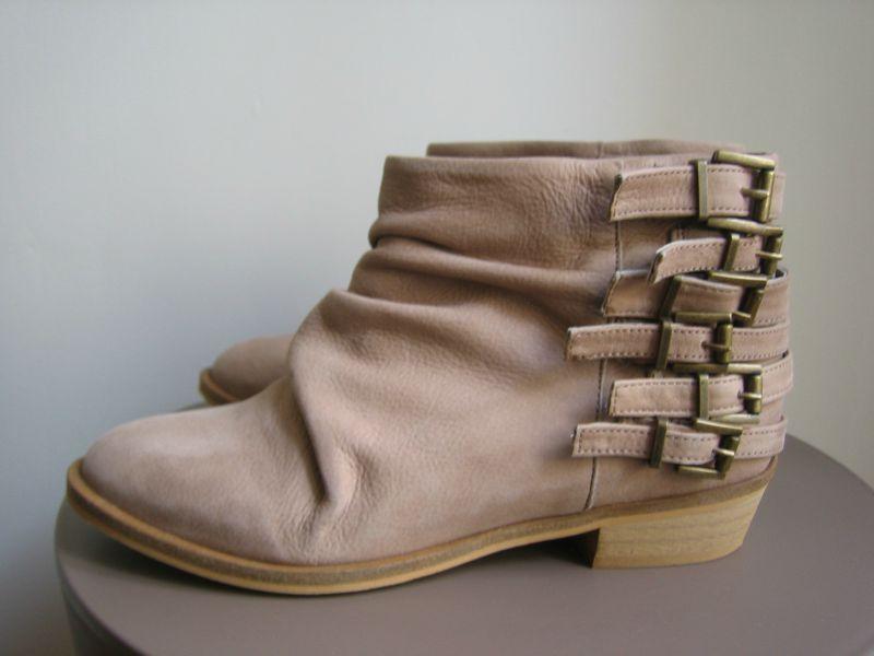 BootsbouclesZara