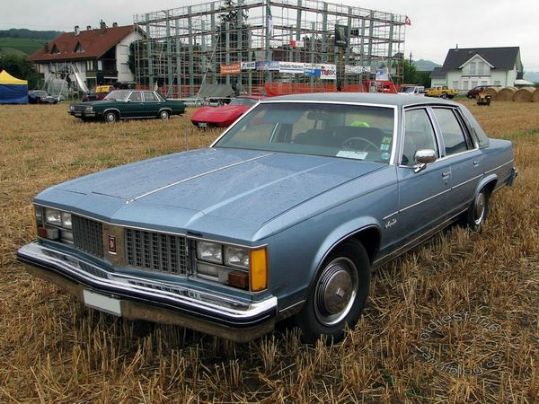 oldsmobile 98 regency sedan 1979 3