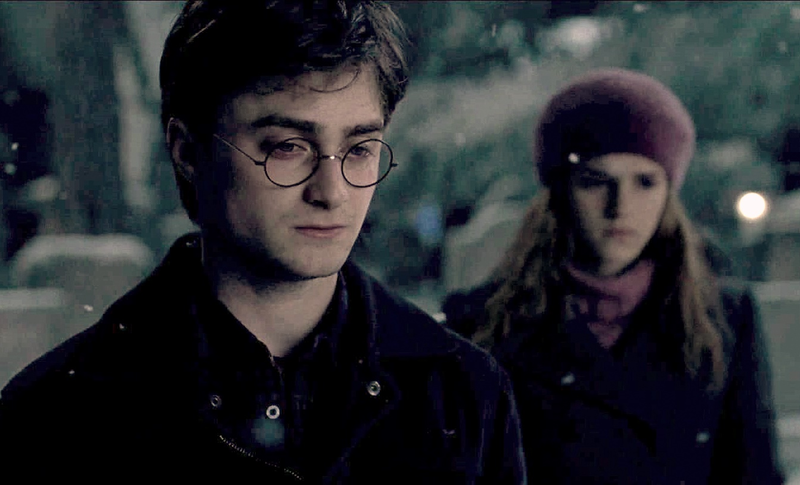 Hermione-and-Harry-harry-and-hermione-21703918-1342-814