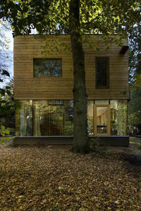 Wooden_House_03
