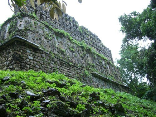 Yaxchilan - Building 33 (Back View)