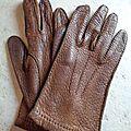 A2536 : gants cuir grainé 70's