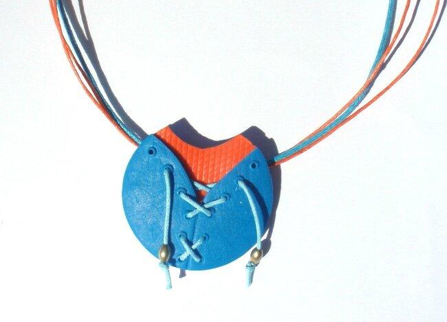 Clara-DesIdeesPleinLesDoigts-orange-turquoise