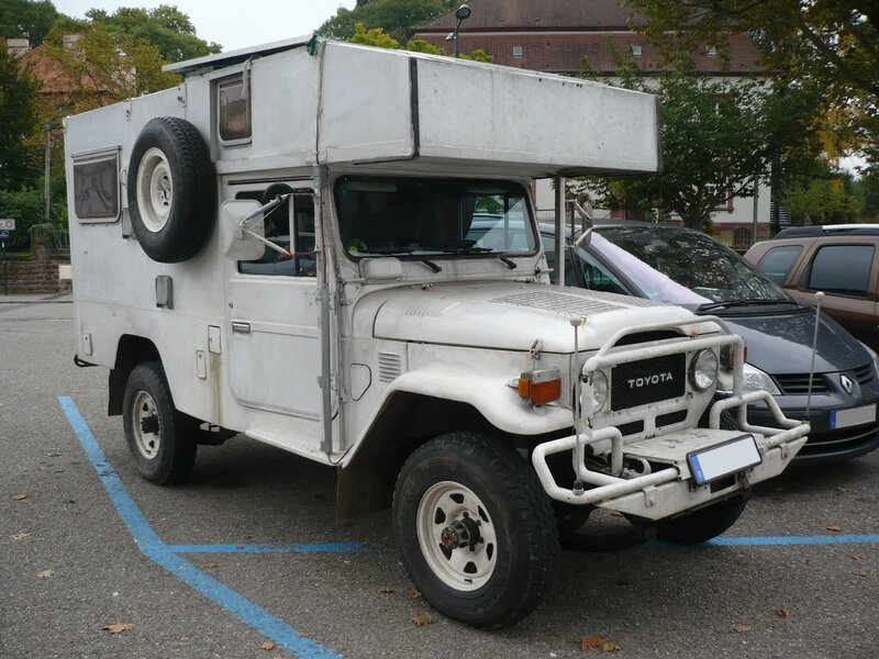 TOYOTA Land Cruiser FJ45 Troopy Camper Wissembourg (1)
