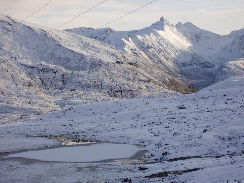 04-10-08 Tromsdalstind et neige (65)