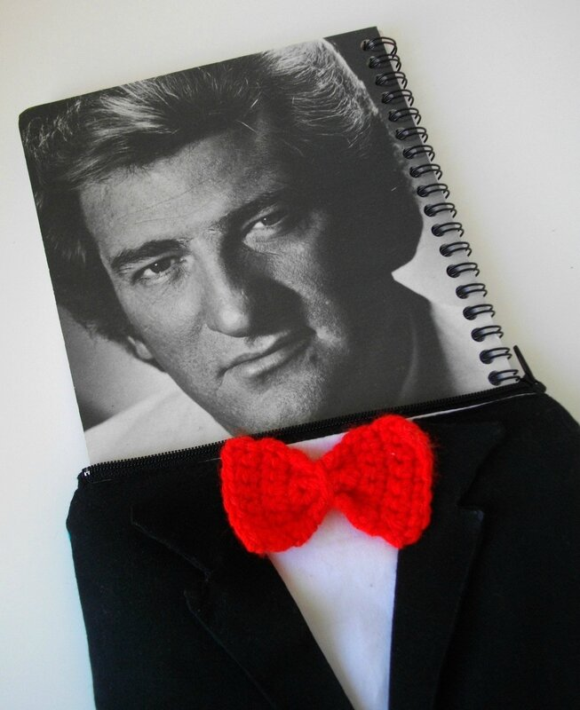 eddy-mitchell-noeud-papillon-création-fan-collector-couture-rouge-vinyle-1980-happy-birthday-33T-pochette-couture-homme