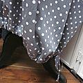 Robe HENRIETTE en coton gris à pois blancs (4)