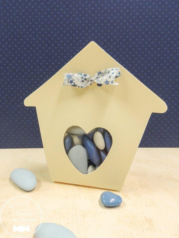 contenant-dragees-mariage-sujet-bapteme-ballotin-maisonnette-nichoir-coeur-ivoire-amande-avola-chocolat-liberty-bleu-lavande-pastel-transparent