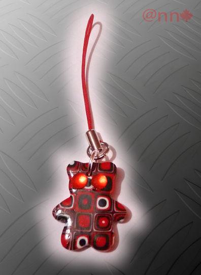 Bijou portable ours multi rouge et noir (N)