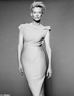 Tilda_Swinton_Robe