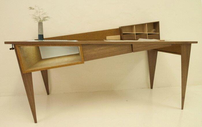 bureau-design-penché-créatif-bois-Simon-Cabrol3