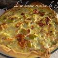 Tarte aux poireaux, allumettes & camembert