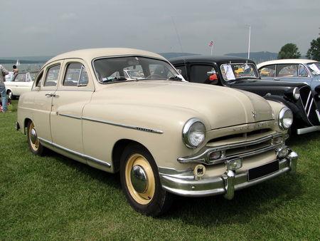 FORD Vedette 1954 Retro meus Auto Lac de Madine 2010 1