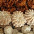 Biscuits aux amandes, raisins et cannelle (ghoribas)
