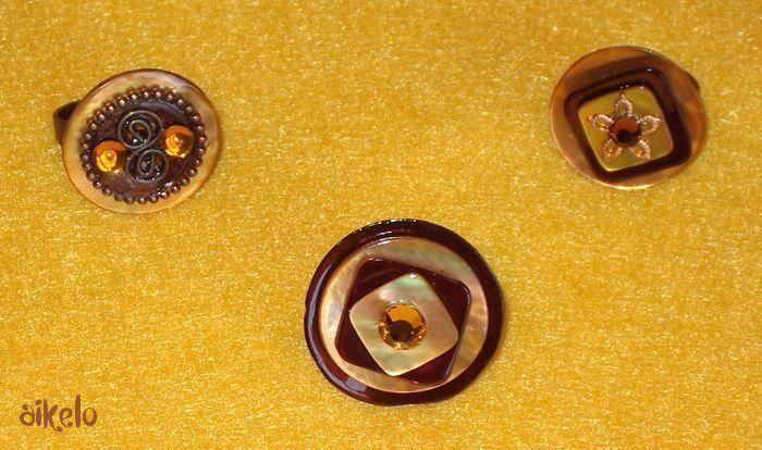 Bagues boutons marrons
