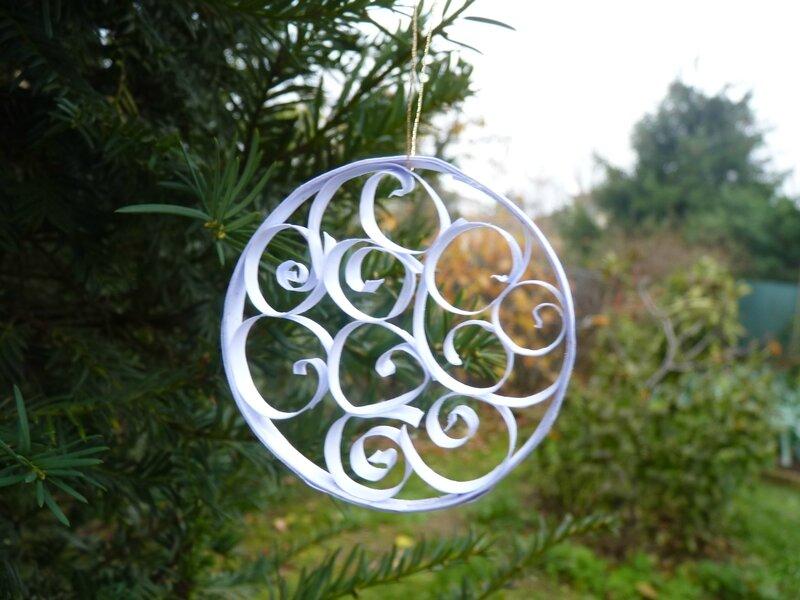 Déco de Noël en quilling (7)
