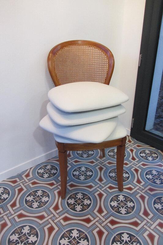 assises en skaï