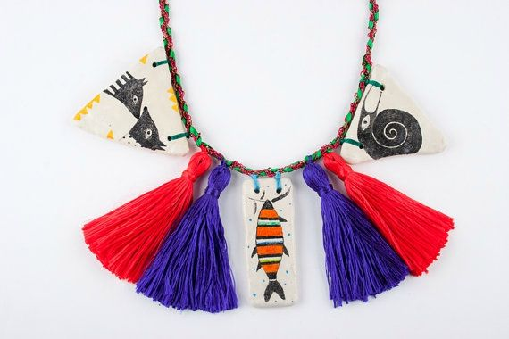 collier-pompons