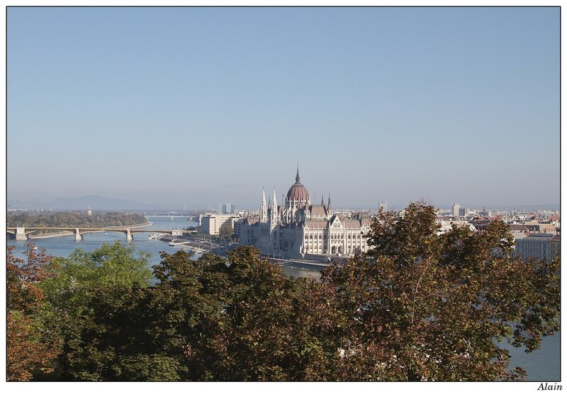 le danube et le parlement
