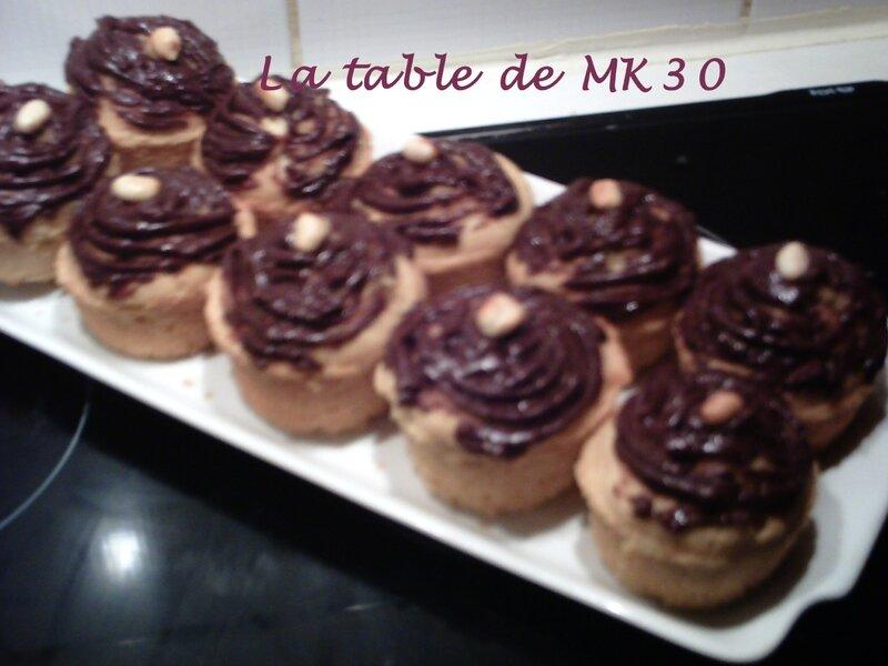 MUFFINS CACAHUETTES GLACÉS CHOCOLAT NOIR