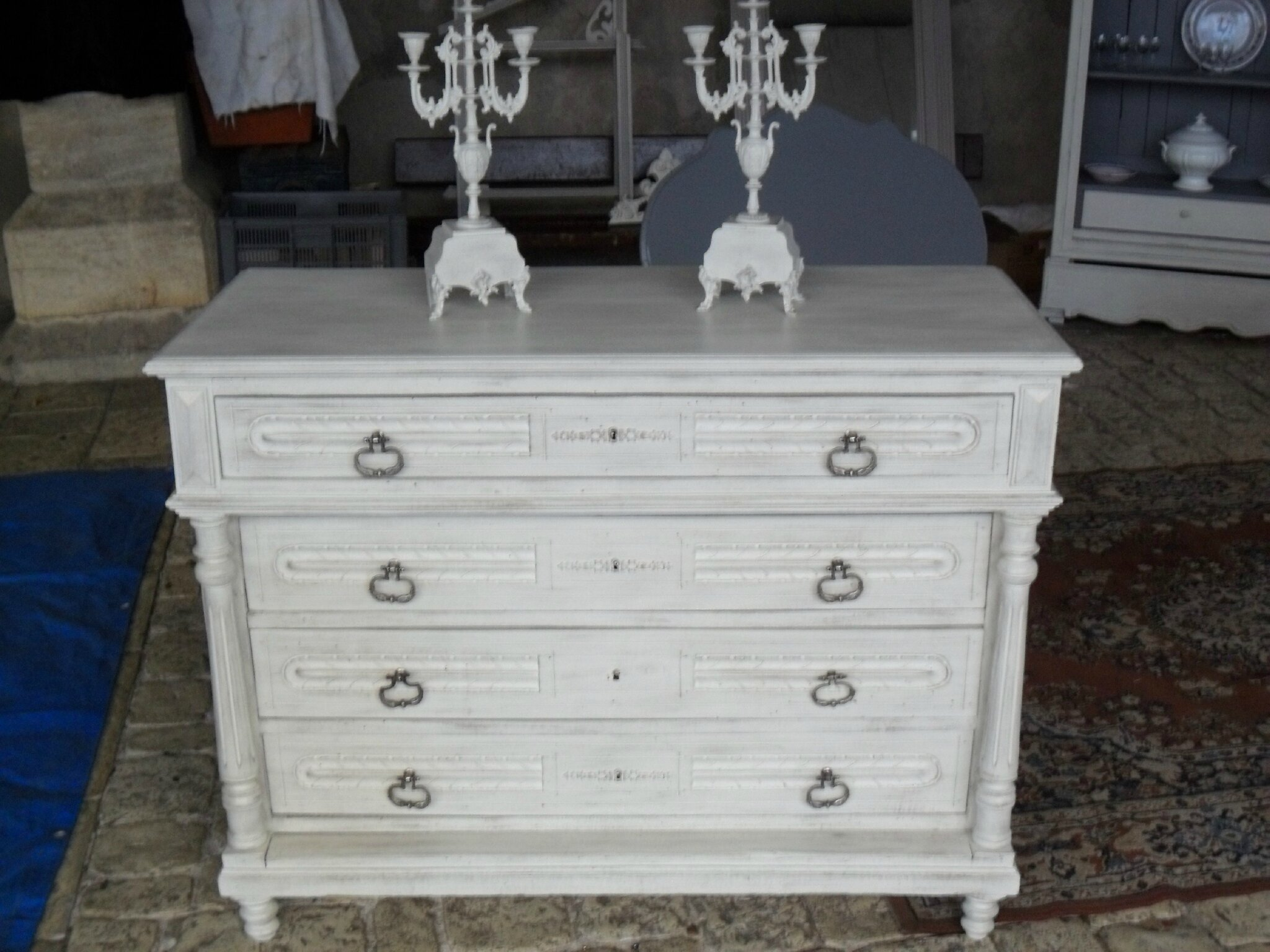 COMMODE HENRI II PATINE FICELLE